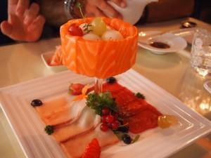 Sashi de salmón, lubina y atún