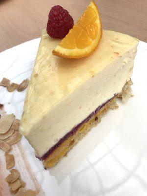 Tarta de almendras y mandarinas