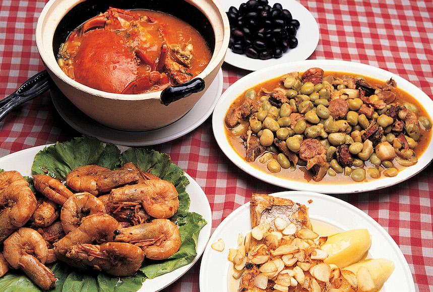 Langostinos al chili macaenses (izda)