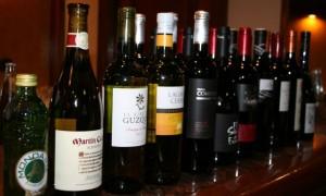 El enoturismo inverso llega a Euskadi, capital de la gastronomía española
