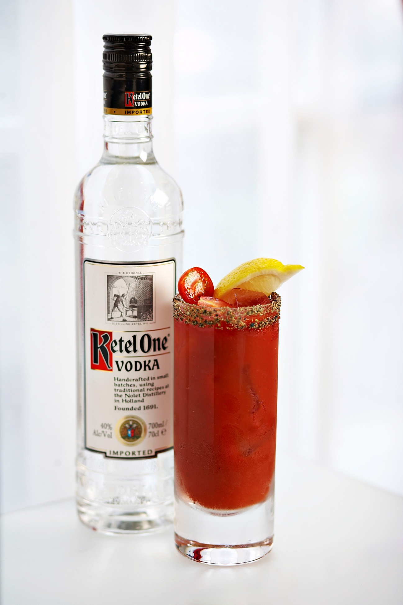 Bloody mary un c ctel que data de 1920 the gourmet for Coctel bloody mary