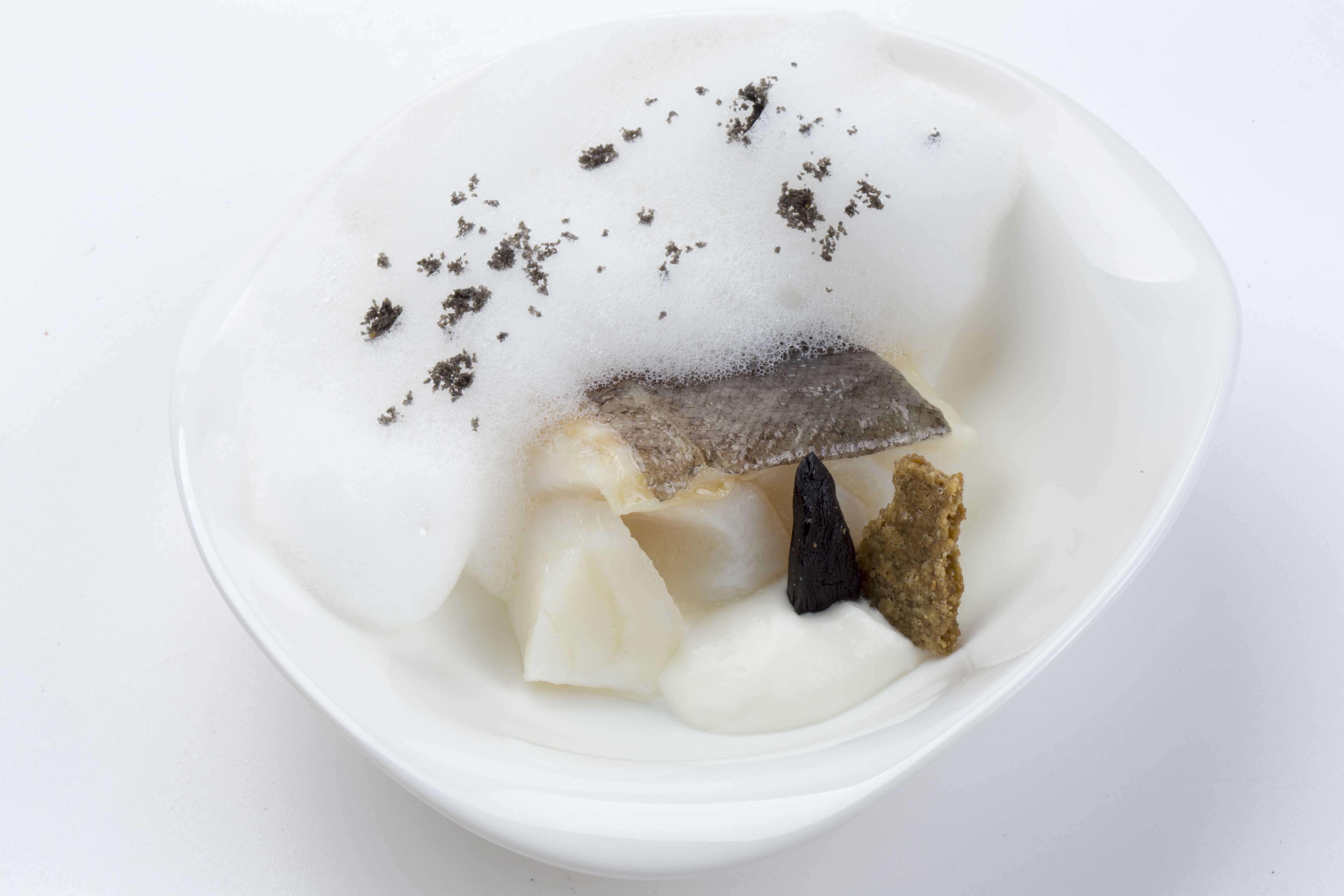 Bacalao blanco y negro, receta de Marcos Morán