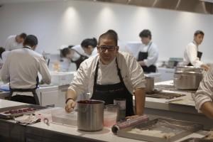 Dani García en sus nuevas cocinas