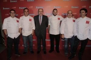 Los chefs cocinaron en la gala de Michelin 2015