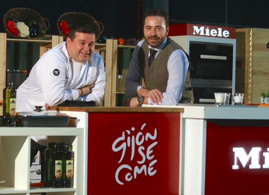El cocinero Marcos Morán y el coctelero Borja Cortina en la pasada edición de GijónSeCome