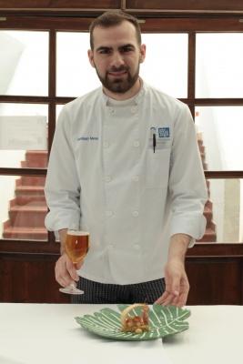 Santiago Mesa Fernández ha maridado su plato con una cerveza lager Pilsen.