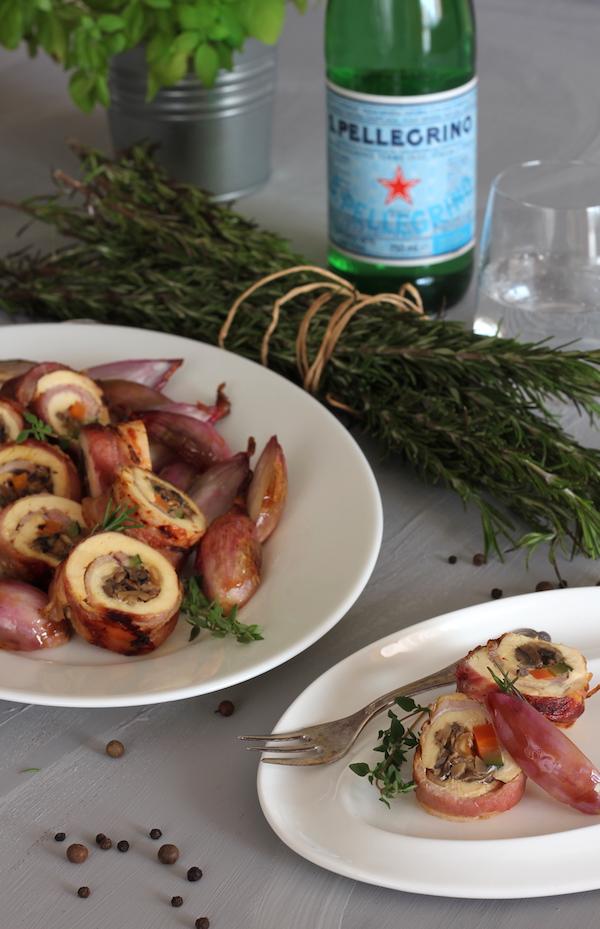 Pollo de corral relleno con salsa de vino blanco