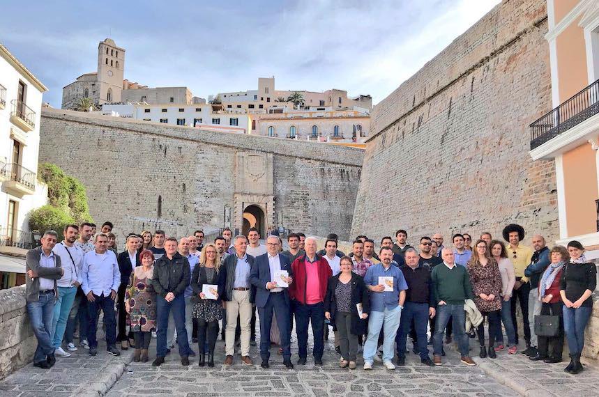 Foto de familia de los restaurantes participantes de Ibiza Sabor 2018