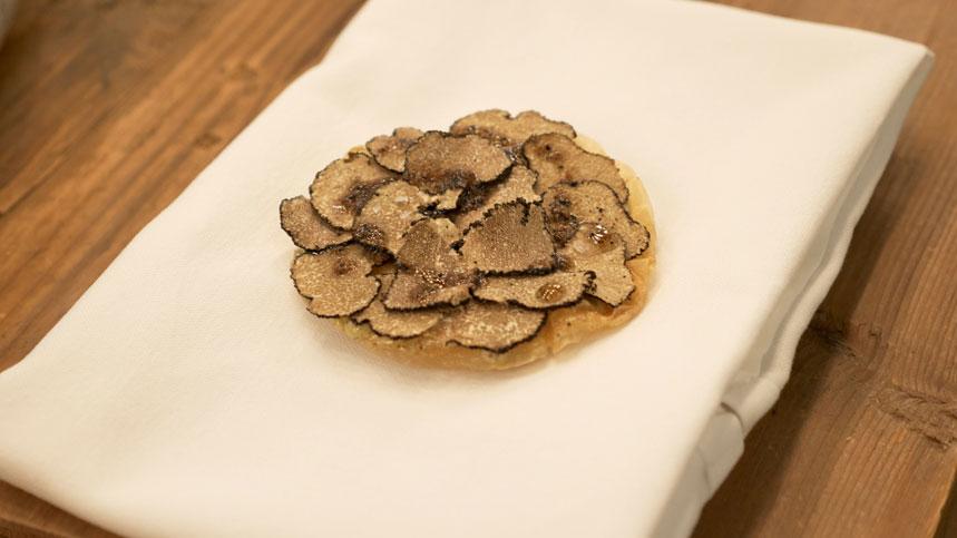 Tarta de foie y trufa, uno de los platos de The Krug Room