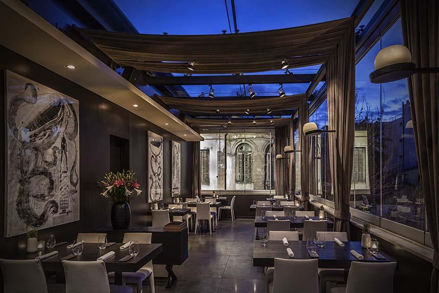 Interior de Restaurante Funky Gourmet, Atenas