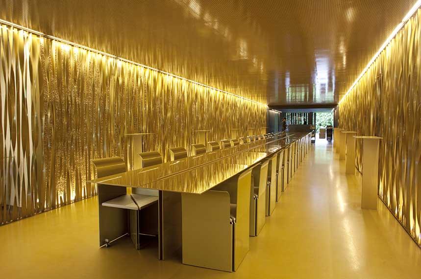 Interior del restaurante Les Cols. Foto: Enrique Marco